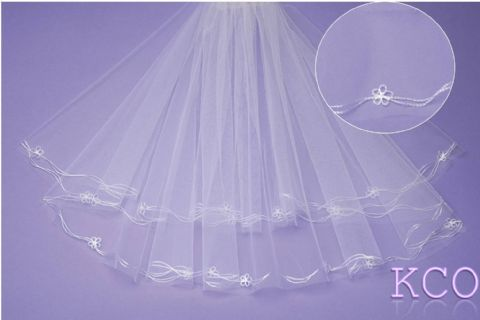 V190 White Communion Veil